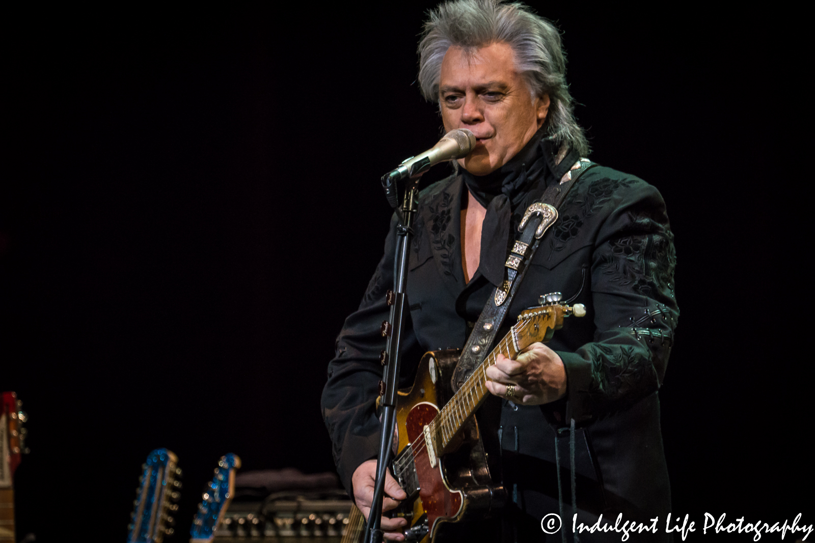 marty stuart his fabulous superlatives at folly theater kansas city concert photography. Black Bedroom Furniture Sets. Home Design Ideas